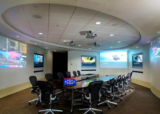 依托 王视品牌优良卓越的产品性能,打造出现代化高智能的会议室.